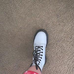 Women's 1460 Smooth White Dr Martens